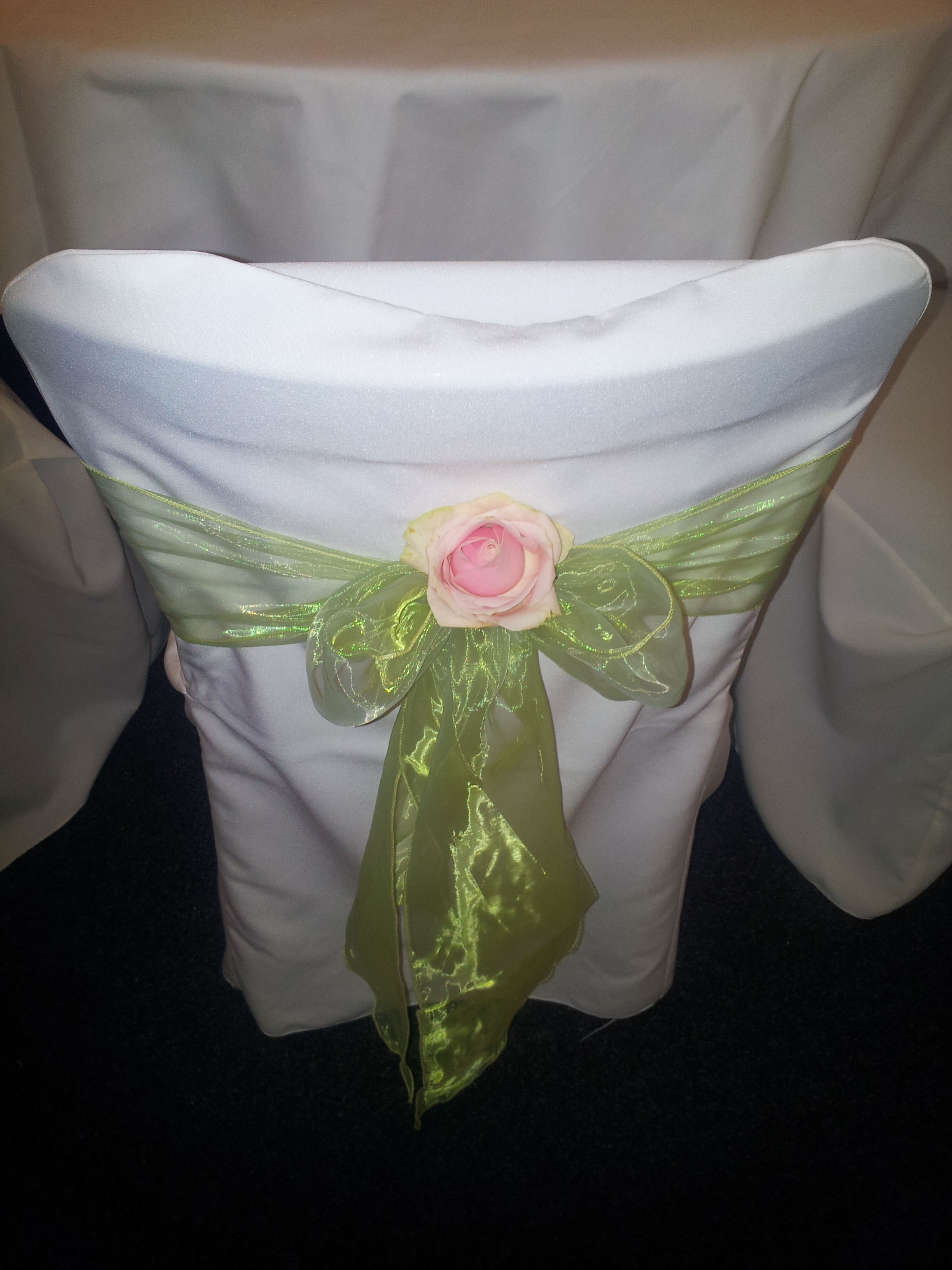 CZH-Wedding-Table-Covers-003.jpg