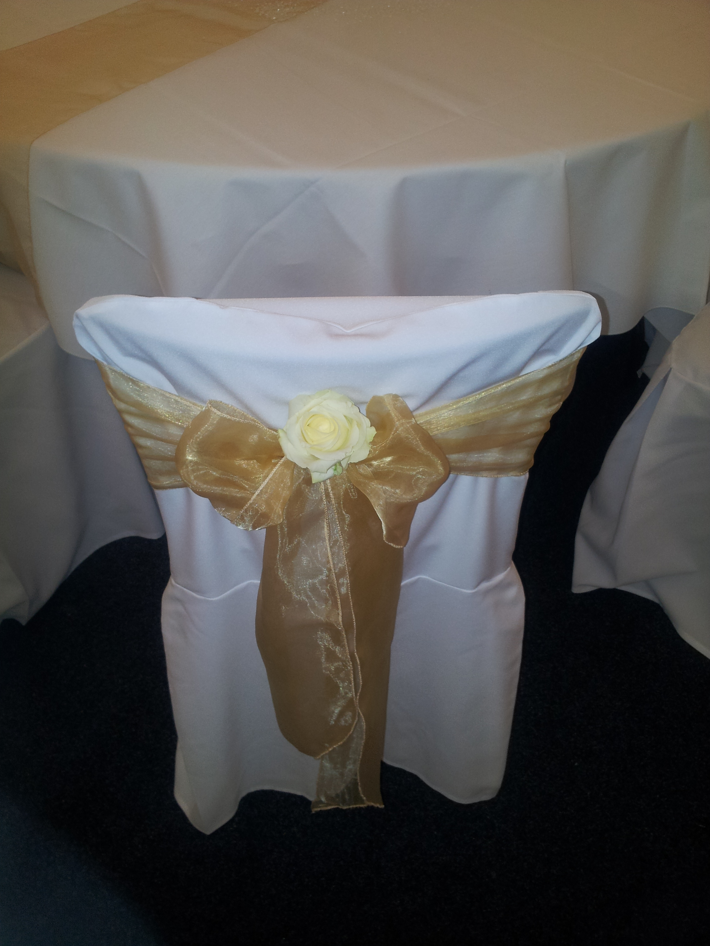 CZH-Wedding-Table-Covers-004.jpg