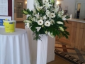 CZH-Wedding-Pedestal-Flowers-004.jpg